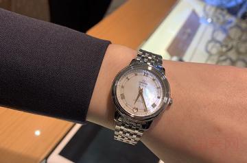 欧米茄蝶飞二手表能卖多少钱