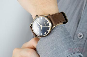 天梭t063610a手表回收还不错