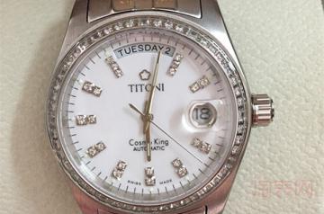 40多年的梅花手表能卖多少钱 是否值得回收