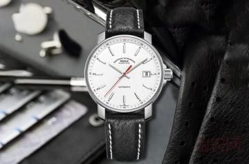 小品牌的手表去哪里回收