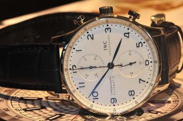 在哪里有二手手表专业回收的店铺