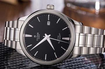 二手表回收店铺是如何评估手表价值