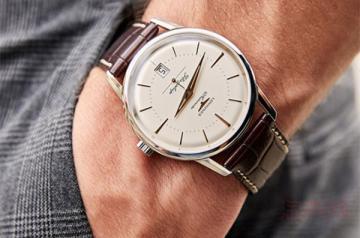 三万多的浪琴的机械手表能卖多少钱