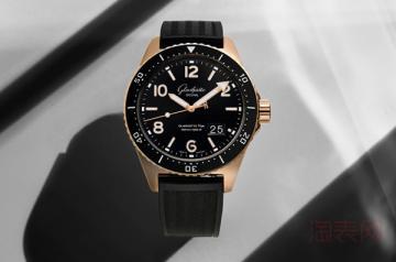 10万二手手表回收价格能有半价吗
