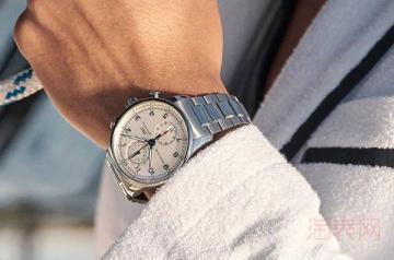 万国葡萄牙计时手表能够几折回收
