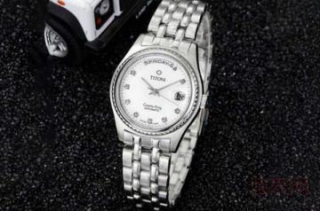 典当行手表回收价格怎么算