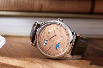 哪里回收朗格手表不用为安全发愁