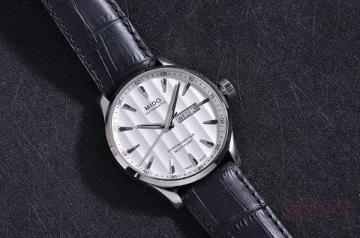 美度舵手系列手表二手回收能卖多少钱