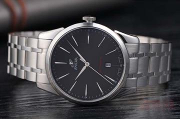 英纳格的老手表可以卖多少钱