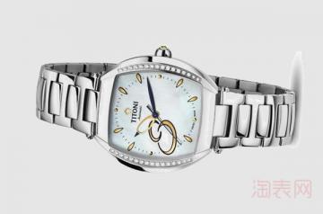 1万的梅花手表二手可以卖多少钱