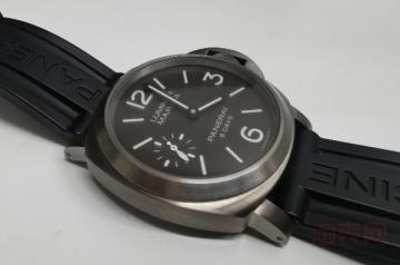 九九新沛纳海二手手表回收多少折