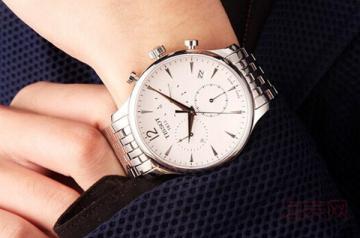天梭t063手表二手能卖多少钱