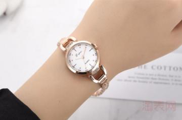二手的LV手表回收价格打几折 要注意什么
