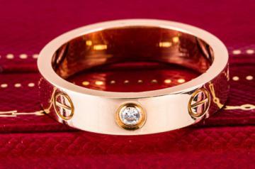 卡地亚铂金戒指回收报价可有优势?